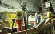 Alcuni attrezzi del mestiere in uno dei laboratori StufArte