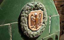 L'aquila di San Venceslao su stufa a olle
