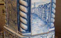 Dettaglio di una stufa decorata a mano 2