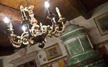 Stufa antica restaurata presso abitazione Settecentesca