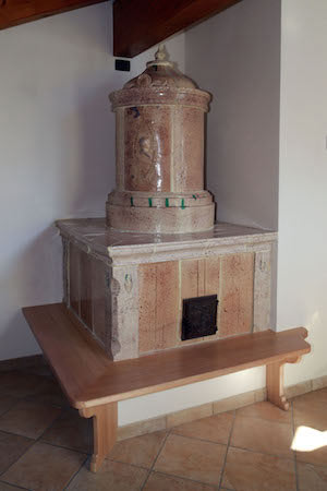 Realizzazione di una stufa a olle antica - StufArte.it la passione per le stufe tradizionali trentine